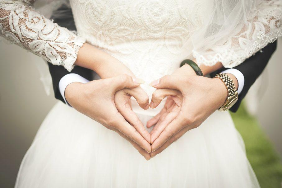 Przebieg ceremonii zaślubin - jak to wygląda w praktyce?