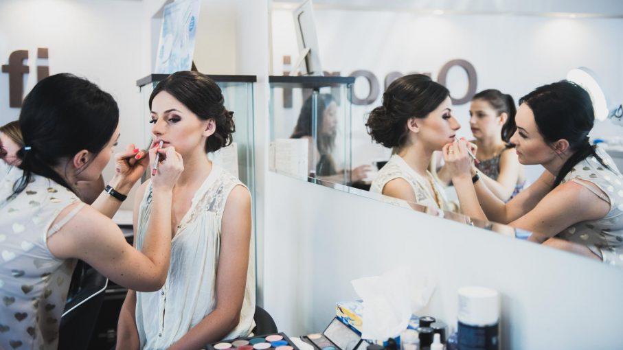 Makijaż ślubny, czyli niezbędny element przygotowań