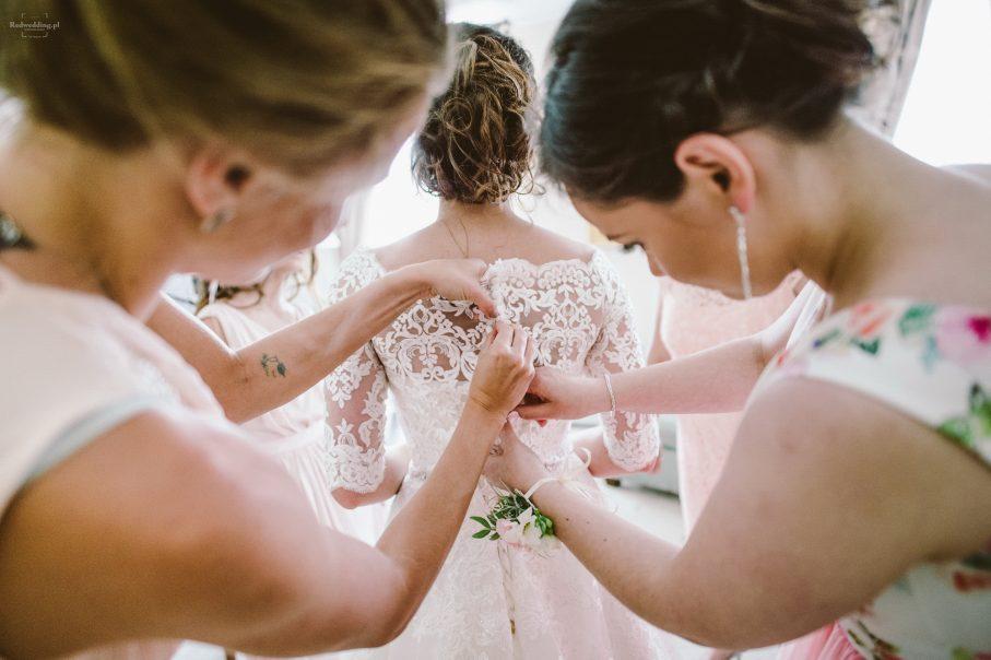 Kupujemy suknię ślubną