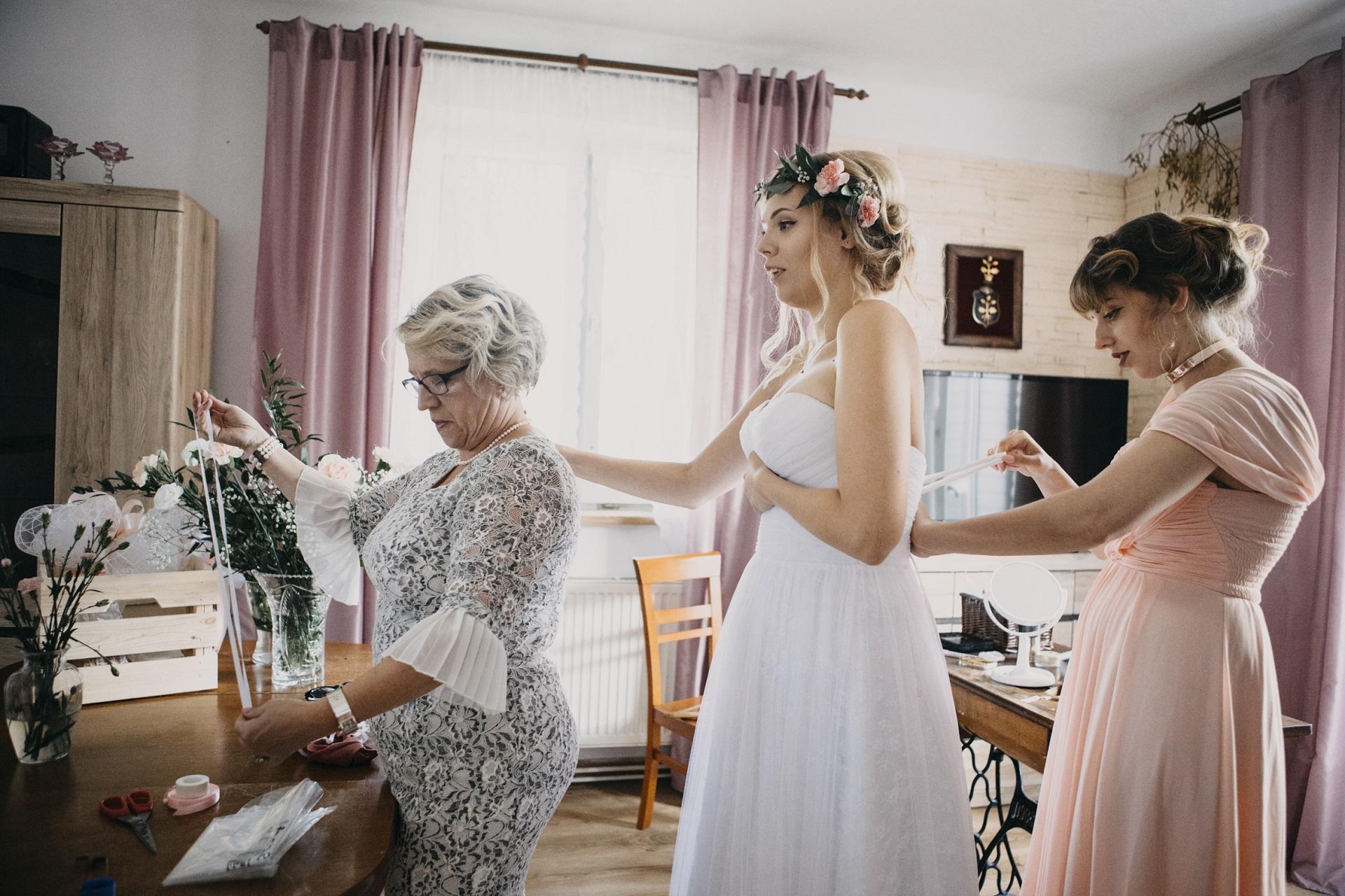 stres przed ślubem- objawy