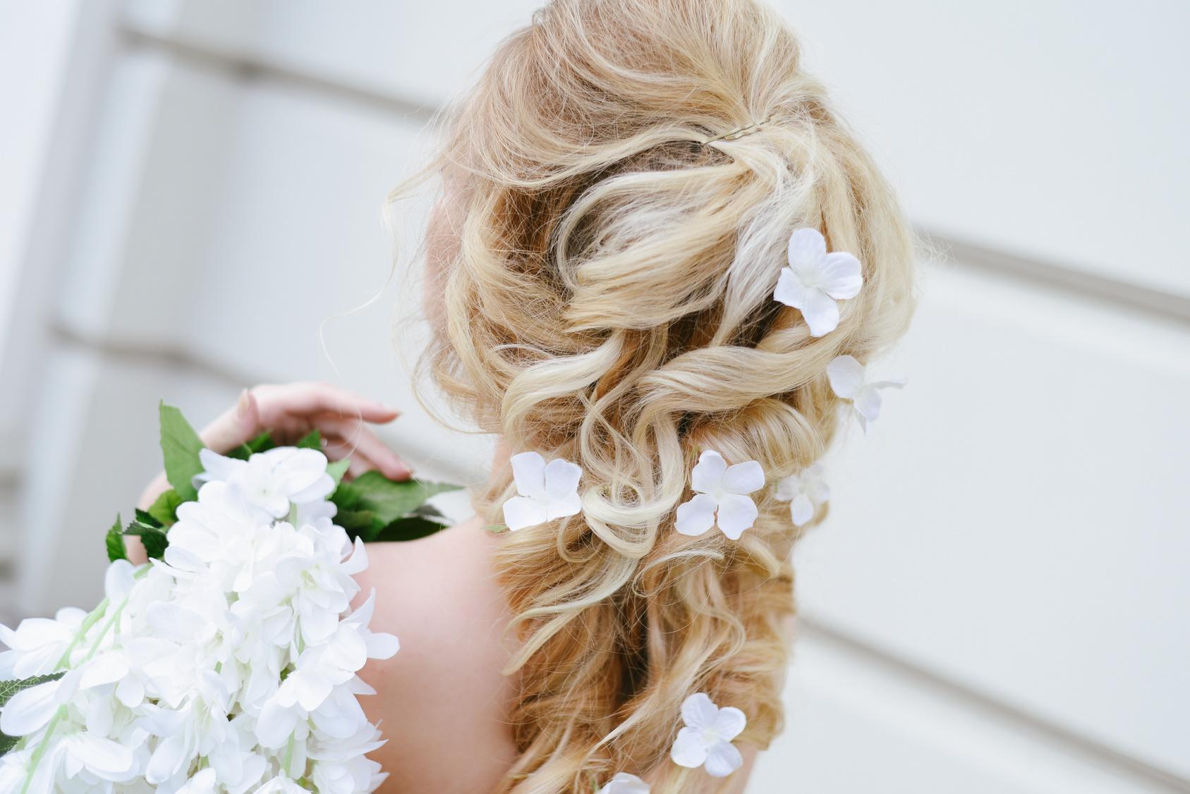 fryzura ślubna Panny Młodej