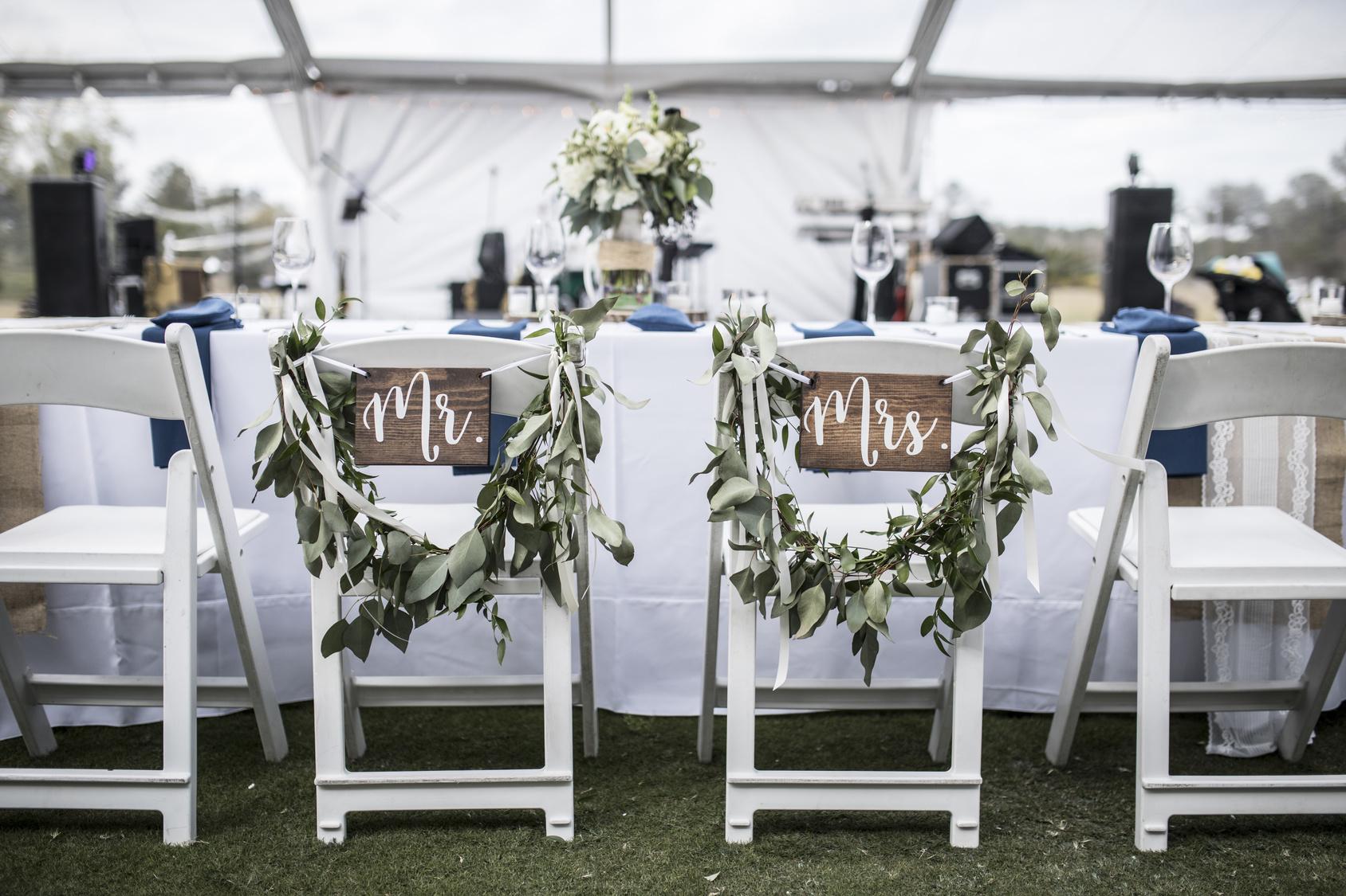 okrągły stół na weselu