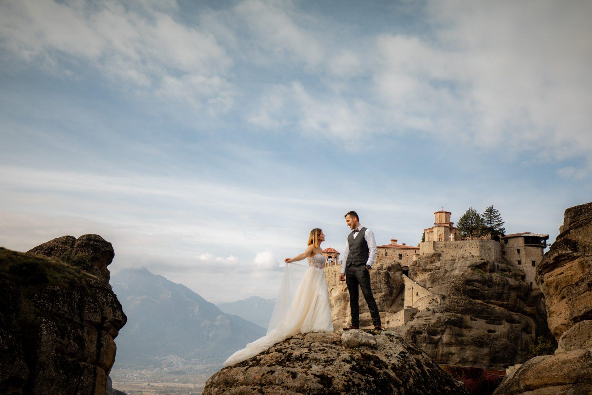 Miłość W środku Nieba Czyli Sesja ślubna W Meteorach Planujemywesele